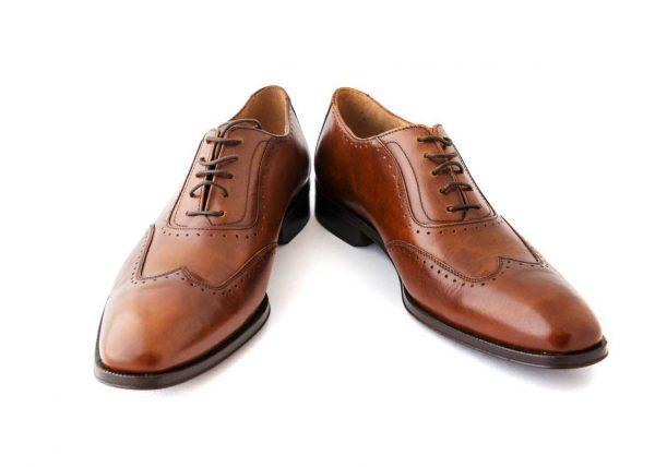 Fotografia butów skórzanych
