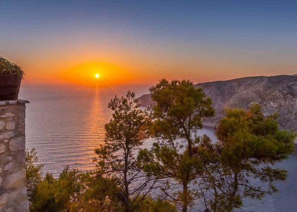Zdjęcie zachodzącego słońca